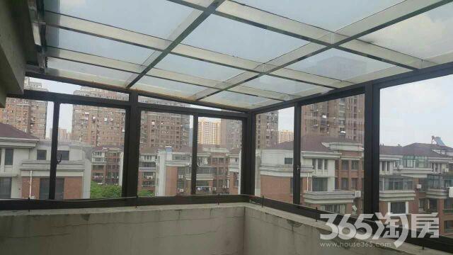 东方明珠3室2厅2卫220平米12年产权房精装