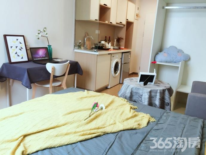 魔方公寓竹山路店地铁站向东500米精装修拎包入住
