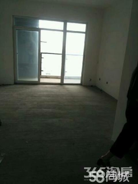瑞麟国际新城3室2厅2卫124平米2012年产权房毛坯