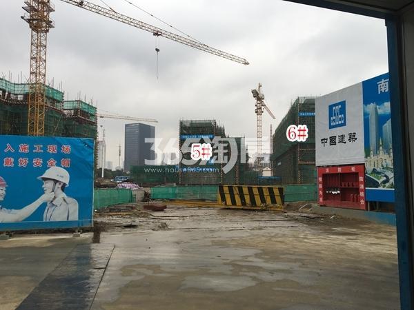 融侨悦府5#楼洋房、6#楼高层实景图(2017.12 摄)