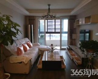 房东自住精装三房 带家具家电 带车位 对外转租