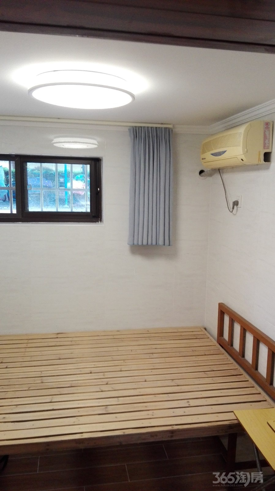 殷巷新寓238幢15平米精装修地下室整租