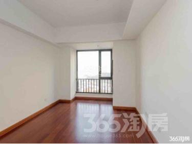 深业滨江半岛1室2厅2卫61平米整租精装