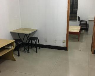 秀月家园1室1厅1卫30平米合租简装