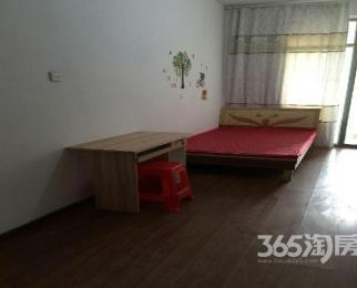 森海豪庭3室2厅2卫132�O合租不限男女精装