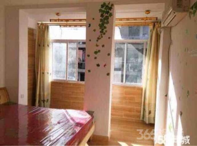 城隍庙大世界1室1厅1卫30平米整租精装
