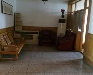长江路与潜山路交囗地铁站旁3室1厅机关小区