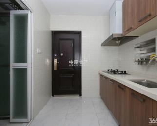 地铁口朝南两房 设施齐全拎包入住 有钥匙 随时看房