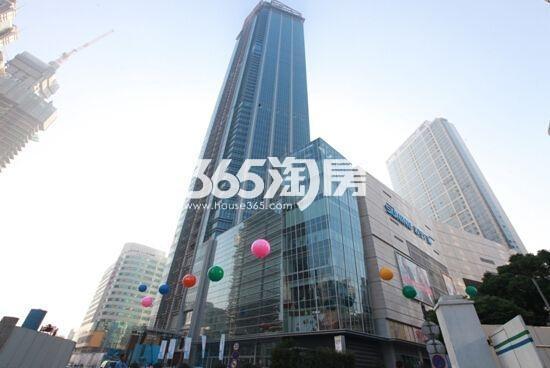 苏宁广场住宅+商业整体实景图(2017.3 摄)