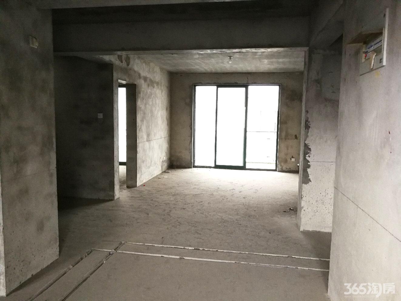 瑶海万达旁,地铁口附近,月亮湾亲水嘉园,复式正规两层 五室