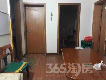 江南新村三室一厅82平