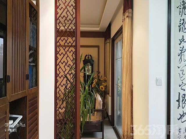 记者家园4室2厅2卫163�O2007年满两年产权房豪华装