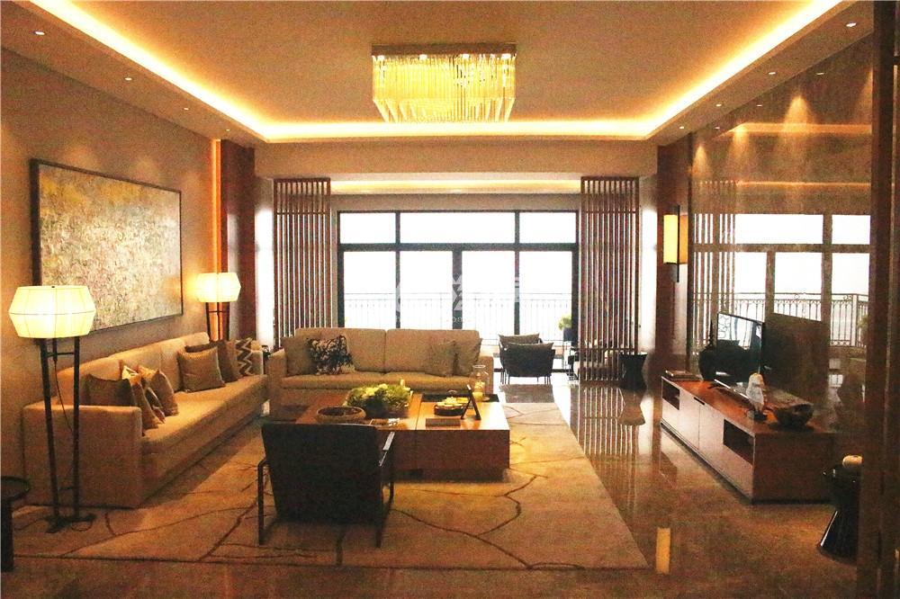 雅居乐滨江国际423㎡样板间—客厅