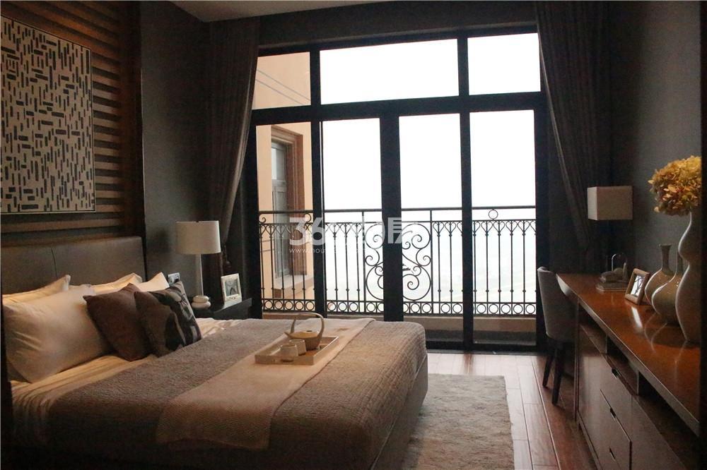 雅居乐滨江国际423㎡样板间—客卧