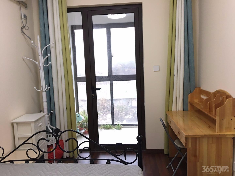 同城世家高层2室1厅1卫92平米精装整租