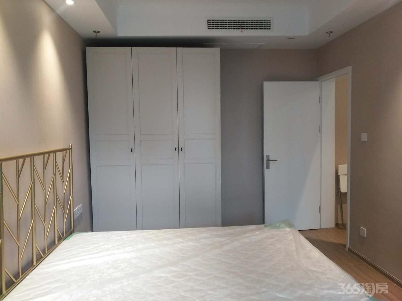 证大大拇指广场2室1厅1卫55平米整租豪华装