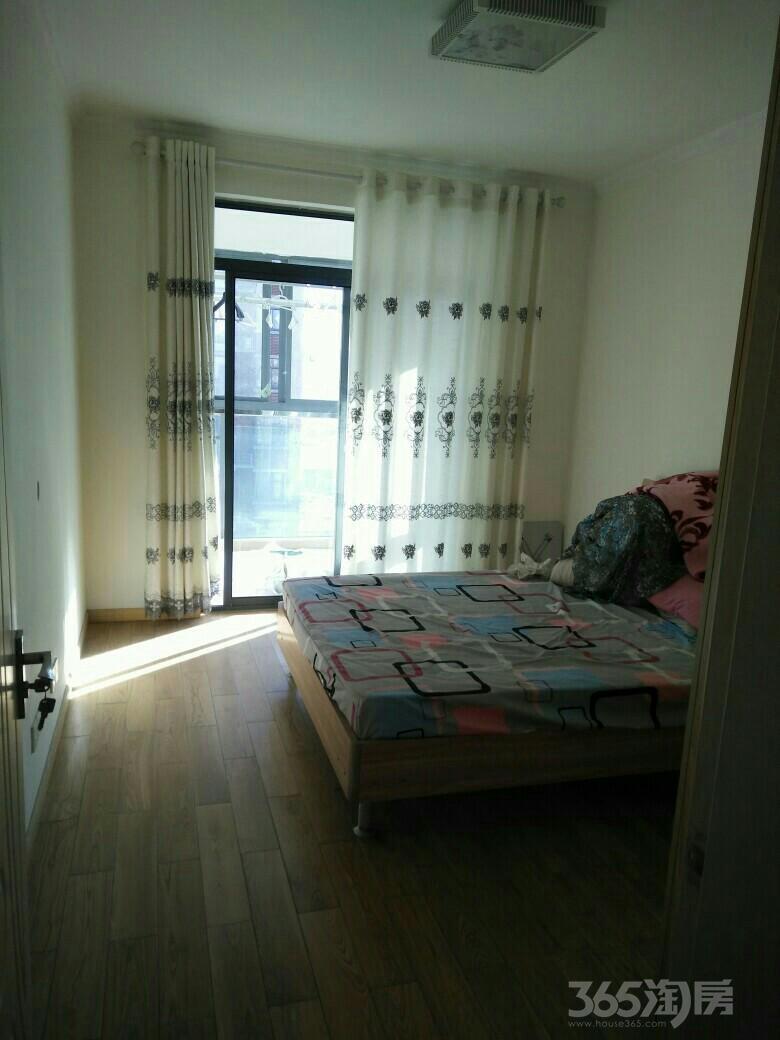 精装宽敞2室2厅及地下车位