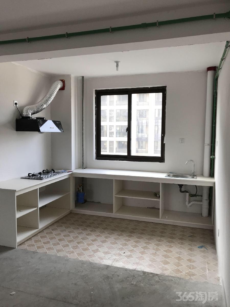 伟星公园大道壹号3室1厅2卫134平米整租简装