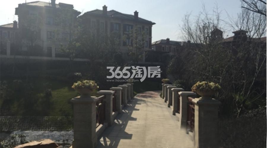 保利西山林语小区实景图(12.27)