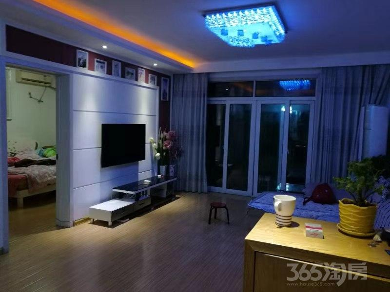伟星凤凰城3室1厅1卫92平米2011年产权房精装