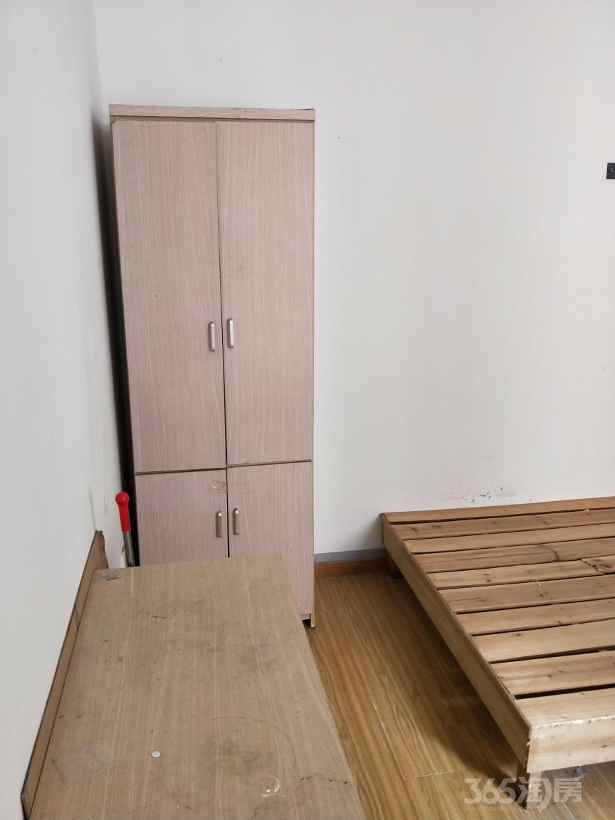 文锦新城4室1厅1卫18平米合租简装