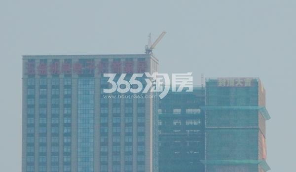 赛格公馆楼栋主体已封顶(2017.7)