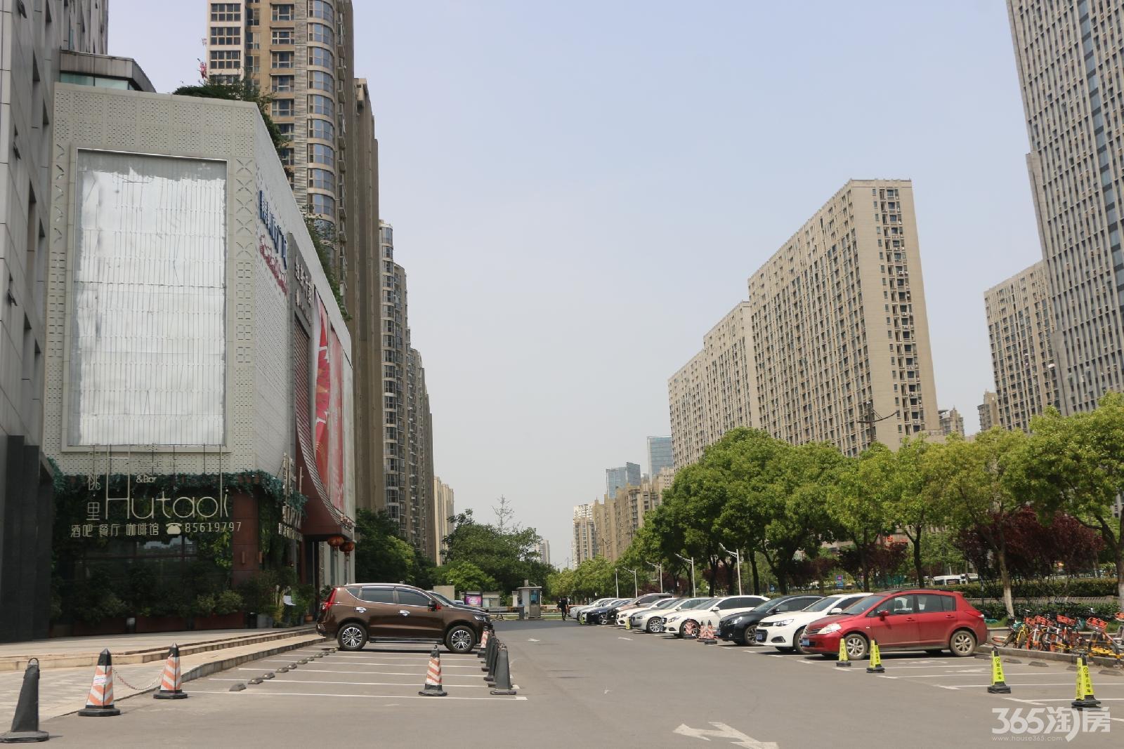 建邺区奥体嘉勒彼广场589.00㎡精装0室0厅