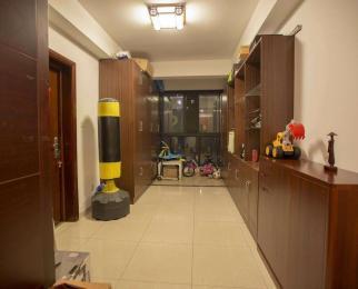 高档住宅楼长江国际花园4楼豪装全南全明通透3室2厅2卫急售阳光好