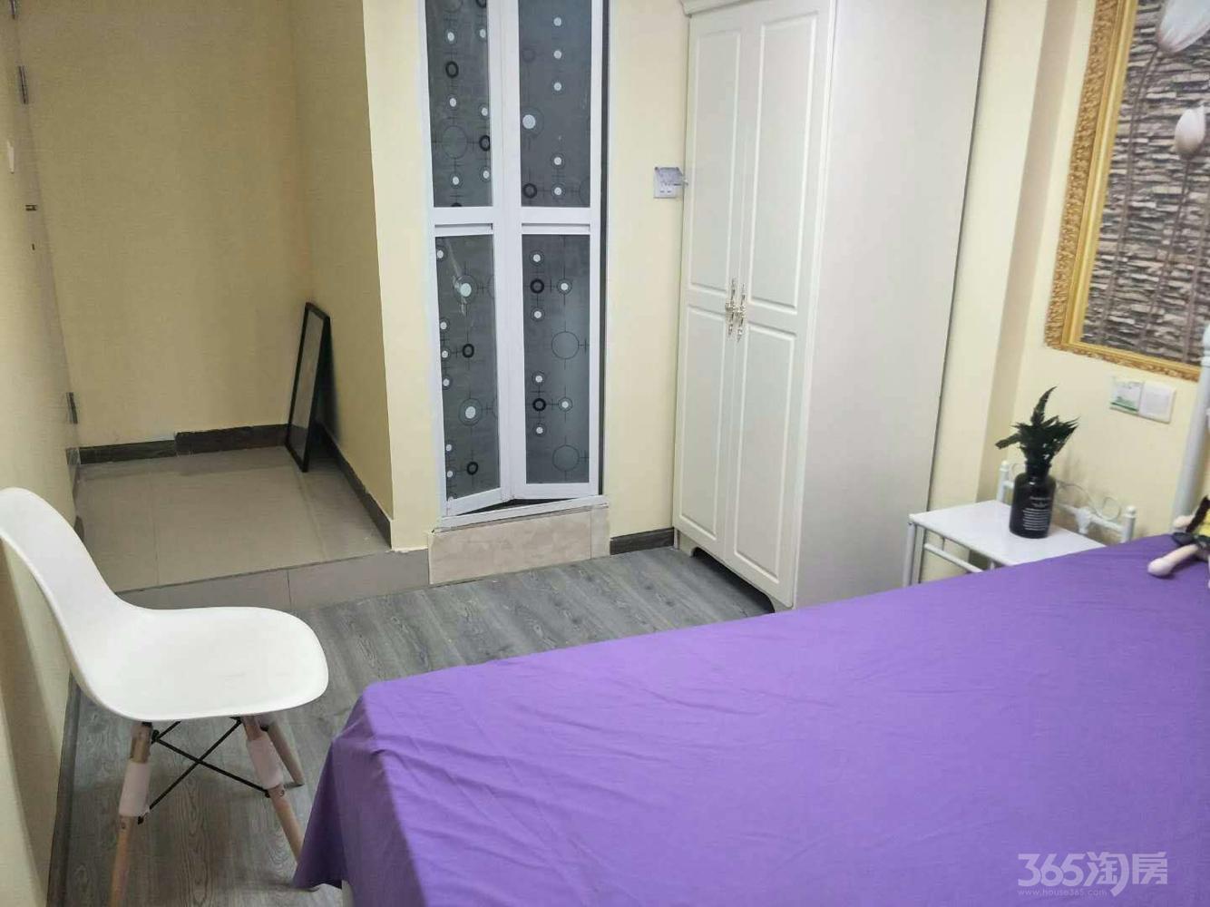 中融城市花园1室1厅2卫25平米合租精装