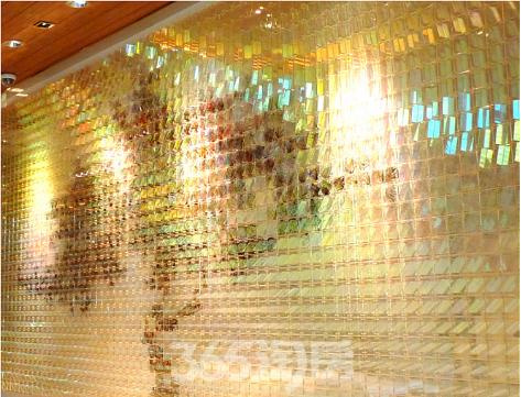 (以利玛窦的世界地图为原型复制创作的Glass Map Installations玻璃镶嵌地图 365淘房  资讯中心)