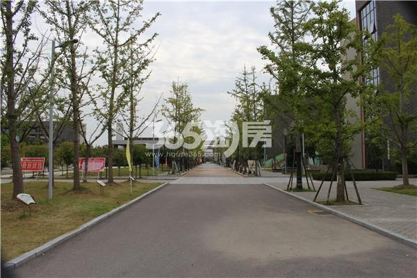 百合燕山公馆 新二中校区 201710