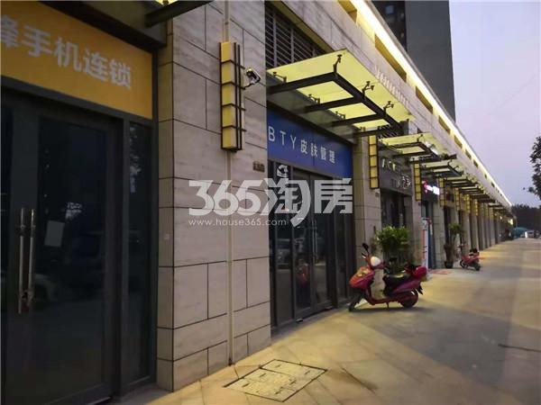 东方万汇城南区05栋底商实景图(10.24)