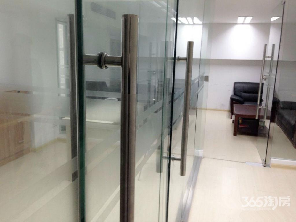绿地之窗68.42平方产权房6.6米挑高已做好隔层