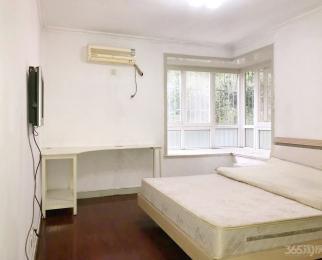 2#线马群地铁站天悦花园3室2厅2卫129平米精装整租