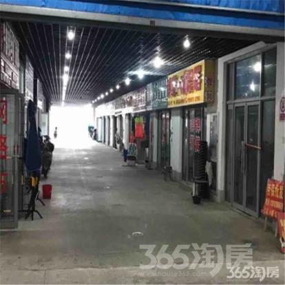 南京润泰市场2楼C区旺铺带隔层120平米整租
