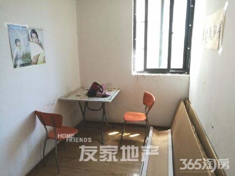 中央城 两室一厅 随时看房 没有比这更便宜的了