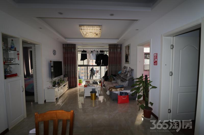 天正理想城2室2厅1卫74平米2016年产权房精装