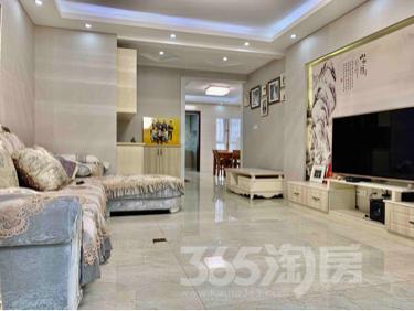 景湖人家2室2厅1卫124平米豪华装产权房2014年建