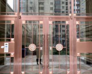 外滩一号两室现房好楼层可贷款没有过户费急售63万