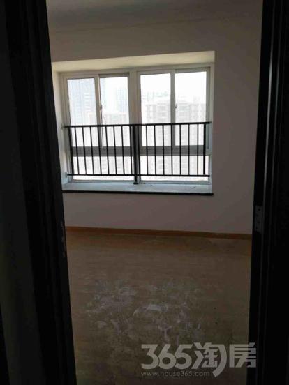 碧桂园凤凰城3室2厅1卫92平米精装产权房2015年建满五年