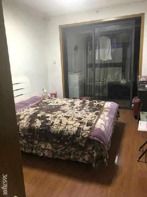 世纪东山花园1室1厅1卫55㎡整租精装