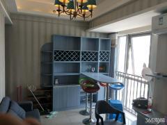 【365自营房源】万达广场二期精装公寓,全新装修,家电设备齐全