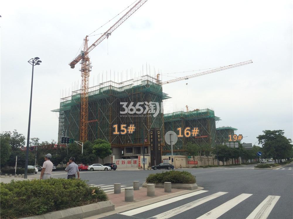 绿地华侨城海珀滨江15#实景图(7.23)