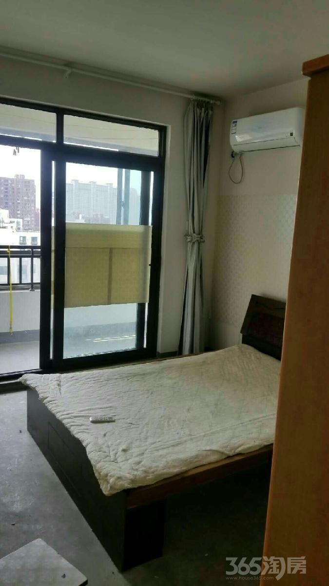 伟星金域蓝湾2室1厅1卫90平米整租简装