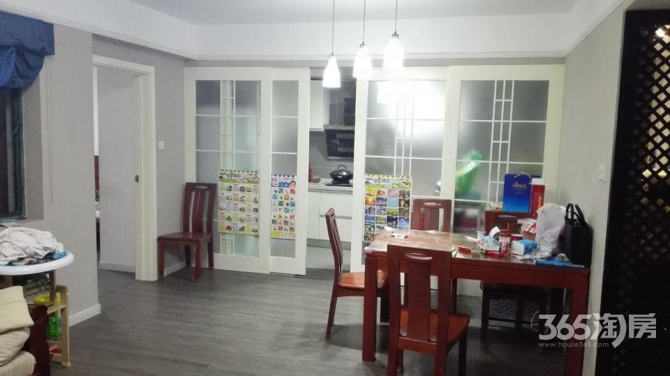 怡康新寓3室2厅1卫107平方产权房精装