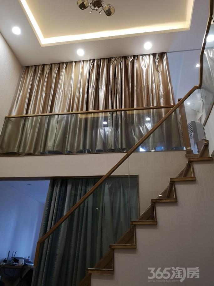 玲珑府3室1厅2卫48.09�O2016年满两年产权房精装