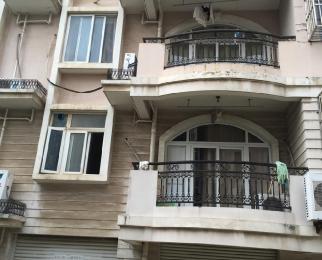 江南文枢苑3室2厅3卫10平米合租简装