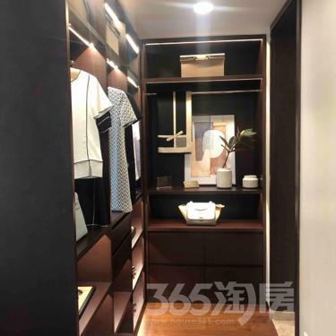 祥源文旅城3室2厅2卫99平米精装产权房2016年建