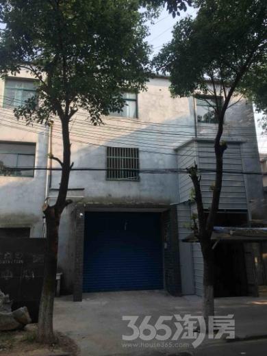 章村公寓900平米整租