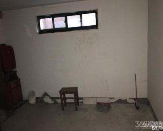御水湾花园1室0厅0卫11平方米4.5万元